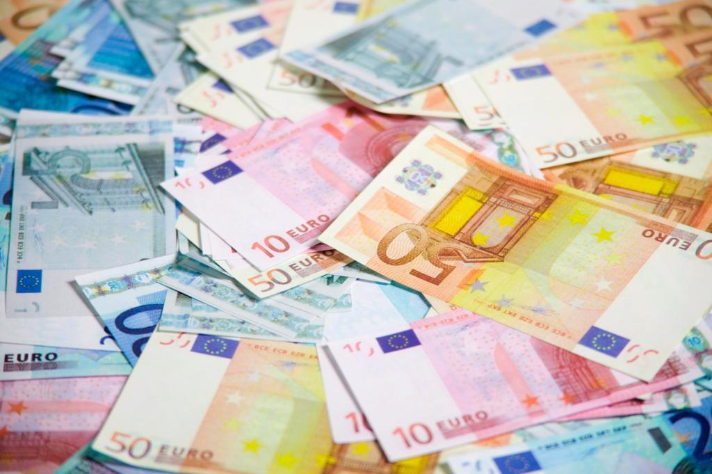 10 argomenti di cui gli italiani sono espertissimi alla faccia delle capre ignoranti - euro