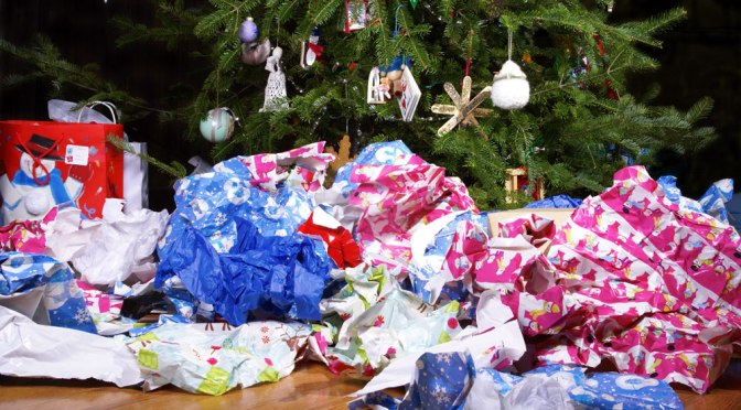10 regali di Natale che non possono mancare sotto all'albero 2018